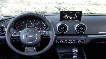 Can I Watch Videos on Audi Q5 MMI System? – FreePedia